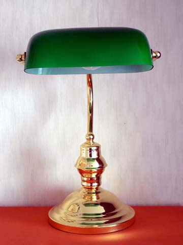 table-lamp-485716_1280 retouched
